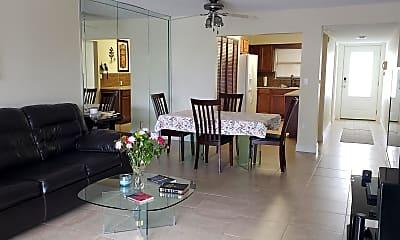 Dining Room, 445 SE 21st Ave 303, 2
