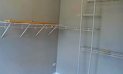 Kitchen, 1402 W Superior St, 2