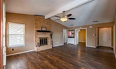 Living Room, 3951 Richmond St, 1
