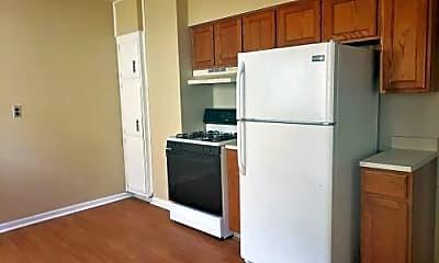 Kitchen, 110 Chapman St, 1