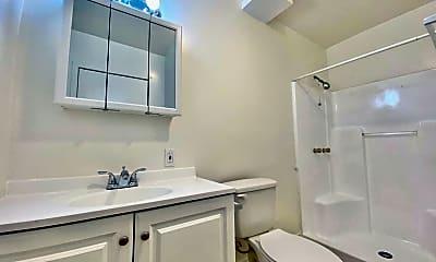 Bathroom, 707 W 70th St, 2