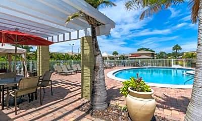 Pool, Gateway on 4th, 1