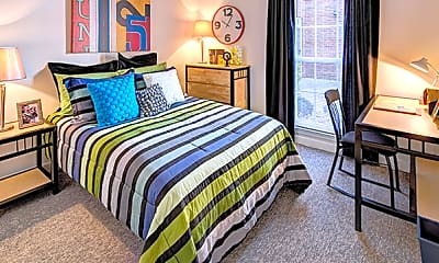Bedroom, Olde Towne University Square, 2