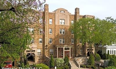 Building, 2809 W Queen Ln, 1