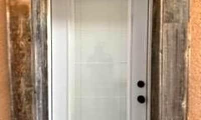 Bathroom, 1501 N Texas Ave, 1