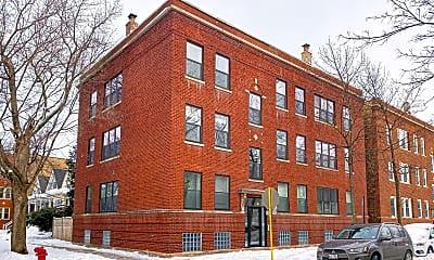 1656 W Summerdale Ave, 2