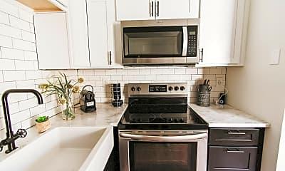 Kitchen, 1076 Poplar Ave, 0