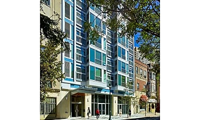 Building, 2021 Chestnut St, 1