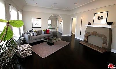 Living Room, 1038 Keniston Ave, 0