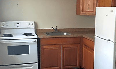 Kitchen, 2921 Hoover Ave, 1