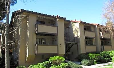 Building, 237 Wenatchee Common, 0