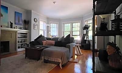 Living Room, 2329 W Winnemac Ave, 0