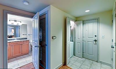 Bathroom, 777 7th St NW 612, 1