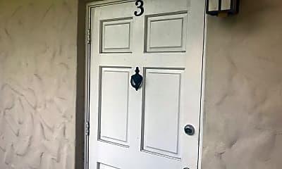 Bedroom, 225 E New Hampshire St, 1