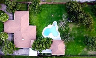 1021 Villa Siete, 2