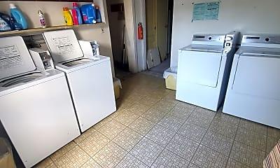 Kitchen, 570 Devon St, 2