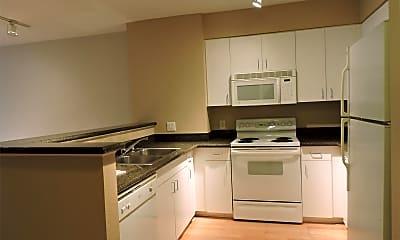 Kitchen, 8200 Oceanview Terrace, 1