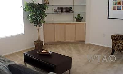 Living Room, 403 Heimer Rd, 1