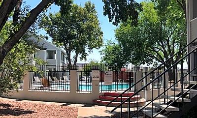 Bella Vista Apartments, 2
