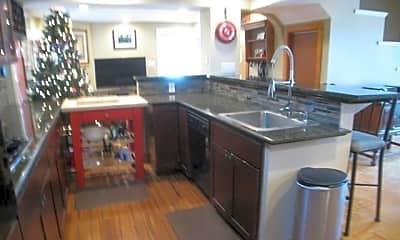 Kitchen, 74 Caroline St, 1