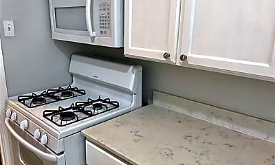 Kitchen, 6202 Gaston Ave 2B, 1