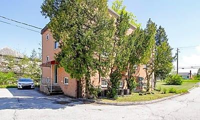 Building, 23810 Detroit Rd 4, 2