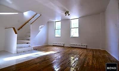 Living Room, 187 Metropolitan Ave, 0