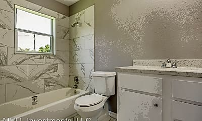 Bathroom, 3910 Campbell St, 0