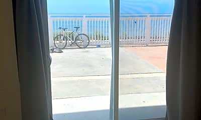 Building, 6653 Del Playa Dr, 1
