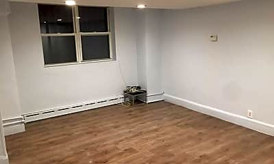 Bedroom, 17235 Highland Ave, 2