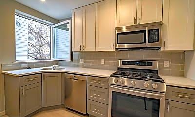 Kitchen, 2110 Master St A, 1