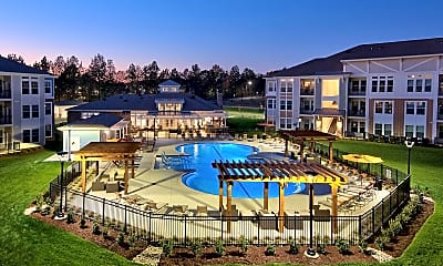Pool, Parkstone at Knightdale, 2