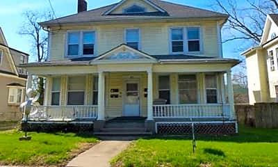 Building, 902 Rogers St, 0