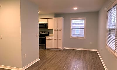 Living Room, 723 S Berthe Ave, 1