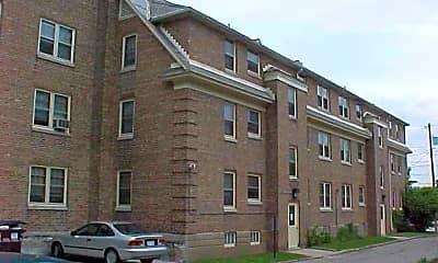 Building, 2420 E Washington Ave, 2