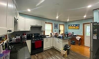Kitchen, 34 Glenrose Rd 2, 1