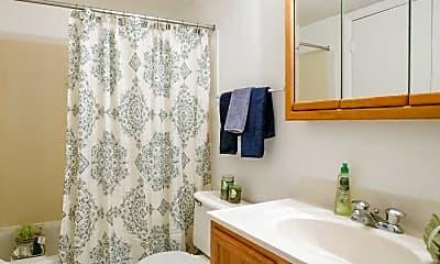 Bathroom, Trellis At Lee's Mill, 2