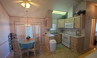 Kitchen, 1219 Thomas Dr, 1