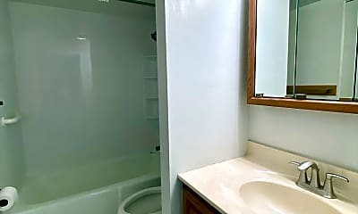 Bathroom, 2034 Swallow Hill Rd, 2