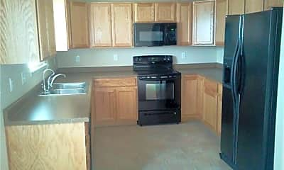Kitchen, 4976 Spokane Way, 1