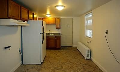 Kitchen, 1517 W Carroll Ave, 1
