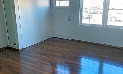 Living Room, 1327 Mantle St, 1
