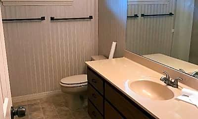 Bathroom, 3520 SW 27th St, 2