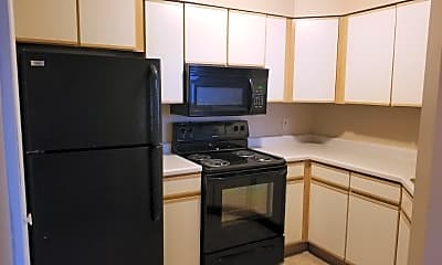 Kitchen, 825 Clyde Ave, 0