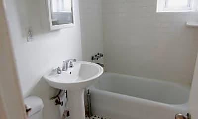 Bathroom, 34-10 84th St, 2