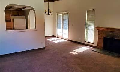 Living Room, 6125 W Oakey Blvd C, 1