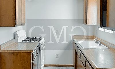 Kitchen, 811 E Menlo Ave, 1