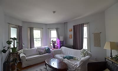 Living Room, 123 Kent St, 1