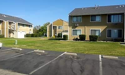 Willow Oaks Apartments, 2
