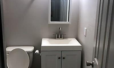 Bathroom, 916 Avenue J, 1